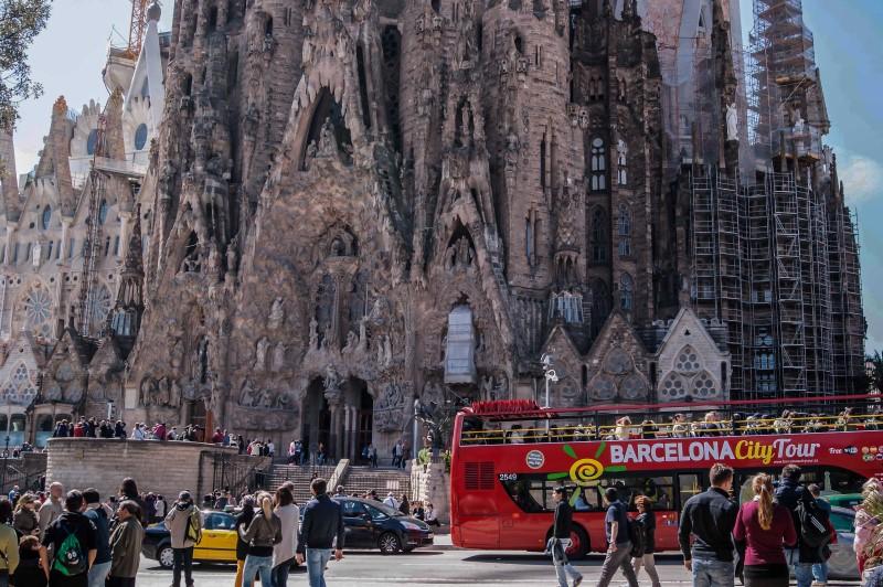 Pisos tur sticos barcelona l 39 eixample sagrada familia 4 1 - Pisos turisticos barcelona ...