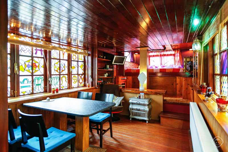 Amsterdam Houseboats Rent A Houseboat In Amsterdam